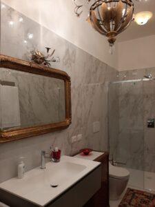 Pavimento e rivestimento serie Marble Calacatta Gold Lux di Italgraniti